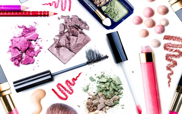 化粧品のサンプルを使うときに注意したいこと