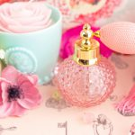 つけ過ぎは卒業!香水の香りを持続させる方法