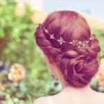 バックカチューシャでふんわり夏のヘアアレンジ♡