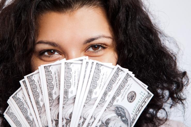 お金が貯まらない&貯まる人の財布の特徴